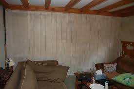 how to paint wood paneling best way to paint wood paneling handgunsband designs wood