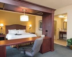 Comfort Suites Indianapolis Airport Indianapolis Hotel Rooms Suites Hampton Inn U0026 Suites