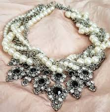 chunky pearl fashion necklace images The modern chunky pearl necklace how to style it pearls only jpg
