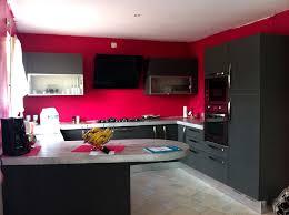 mur noir cuisine la cuisine le des cuisines