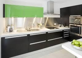 cuisine contemporaine italienne modele cuisine moderne modle de cuisine moderne en blanc neige et