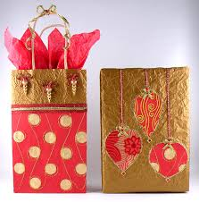 beautiful christmas wrapping paper gift wrapping using recycled materials