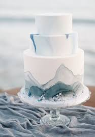 pictures on white and blue wedding cakes wedding ideas