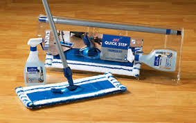 laminate floor cleaning and maitenance