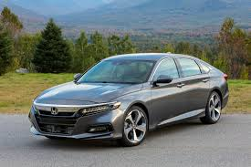 completely redesigned 2018 honda accord to arrive at dealerships