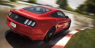 Red And Black Mustang Gt 15 Amazing Photos Of Ford Mustang Gt India Golfian Com