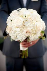 Wedding Flowers For The Bride - best 25 white wedding flowers ideas on pinterest bouquets