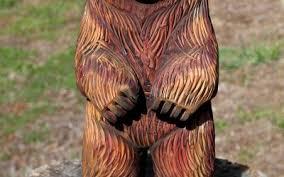 cedar wood sculpture cedar wood cubs sleepy hollow