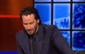 Keanu Reeves Meme Picture - keanu reeves happily poses for sad keanu meme on the colbert