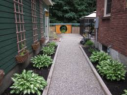 Pea Gravel And Epoxy Patio by Best 25 White Gravel Ideas On Pinterest Box Hedge Border Green