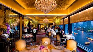 what is the dress code at le normandie bangkok restaurants