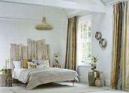 deco mer chambre chambre en bois flotte 2 t te de lit flott une d coration romantique