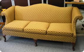 tapissier canapé atiscuir sellier tapissier tout travaux sur cuir tissu skai