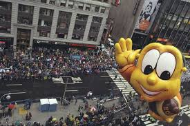 macy s parade picture macy s thanksgiving day parade through the years abc news