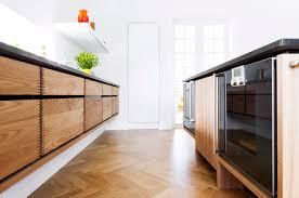 bespoke kitchen ideas snedkerkøkken model minimal i elmetræ garde hvalsøe tanker og