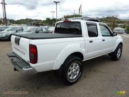 nissan frontier crew cab 4x4 2003 nissan frontier sc v6 crew cab 4x4 in avalanche white photo