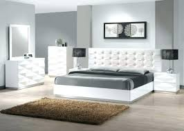 chambre à coucher blanche chambre a coucher blanc design deco chambre coucher design commode