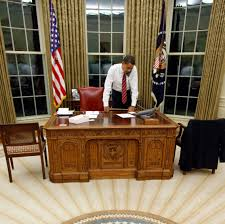 Oval Office Desk File Barack Obama Resolute Desk Jpg Wikimedia Commons