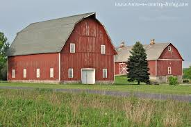 midwestern rustic red barn town u0026 country living