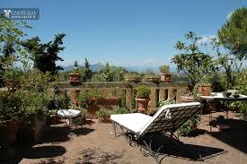 frescoed villa for sale in tuscany