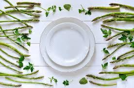 cuisiner asperges vertes fraiches clean manger ou des aliments sains concept background asperges