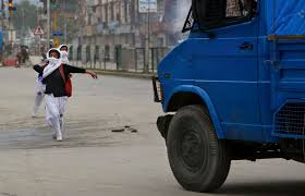 indian police jeep in india u0027s kashmir conflict the newest threat is teenage girls