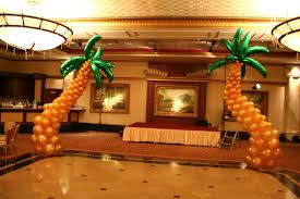 Balloon Decoration At Home Make Summer Shindigs Pop With Dazzling Balloon Decorations Life