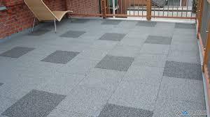 piastrelle balcone esterno pavimenti per terrazzo e balcone pavimenti elastici warco