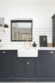 Kitchen Cabinets Black And White Best 25 Shaker Style Kitchen Cabinets Ideas On Pinterest Shaker