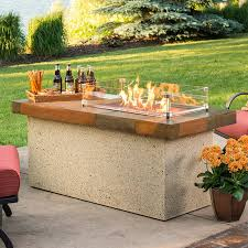 outdoor greatroom artisan fire pit table with optional glass guard