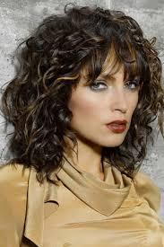 Frisuren Schulterlanges Lockiges Haar by Schulterlange Frisuren Schulterlange Frisuren Frisur Und