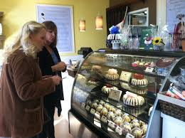 nothing bundt cakes hosts grand opening in newport news daily press