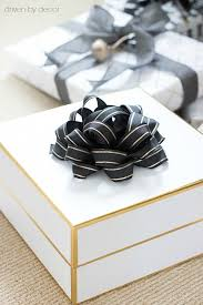 gift box wrapping simple ideas for wrapping your christmas presents last minute