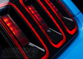 2004 mustang sequential lights sequential mustang lighting explained americanmuscle