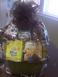 diabetic gift basket with healthy treats for those with diabetes