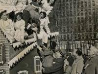 what philadelphia department store began sponsoring a thanksgiving
