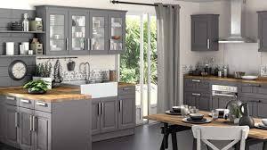 cuisine grise total look bois brut dégradé rustique déco cuisine