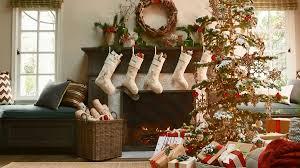 Christmas Livingroom by Pretty Christmas Living Rooms