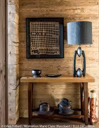 lampe de chevet montagne une décoration style montagne associée au style exotique au pied
