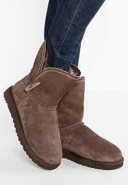 ugg bailey bow mini sale ugg mini ugg mini bailey bow ii boots chestnut shoes