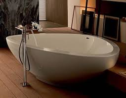 Barclay Bathtubs Homethangs Com Has Introduced A Guide To Freestanding Bathtubs For