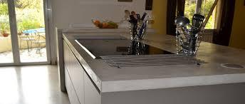 beton ciré pour plan de travail cuisine faire un plan de travail en béton ciré dans la cuisine déco cool