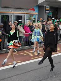 in pictures birmingham st patrick u0027s day parade bbc news