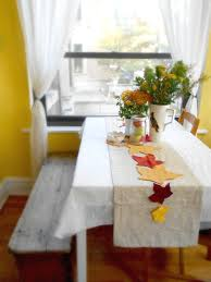 Diy Thanksgiving Table Runner The Chic Site by Greening Martha Eco Chic Autumn Table Runner U2013 Shiny Happy People