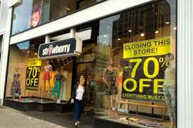 clothing stores strawberry clothing store closing on forest