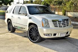 cadillac escalade with black rims 26 gianelle santorini matte black with silver groove on cadillac