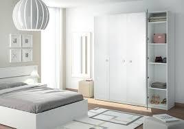 chambre sur armoire de chambre sur mesure un rangement harmonieux