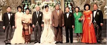 wedding dress indonesia 49 weddings and a change of president kitlv