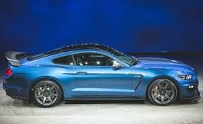 pret ford mustang 2016 ford mustang shelby gt350r photos and info car and