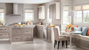 martha stewart decorating above kitchen cabinets howiezine decorating above kitchen cabinets download image